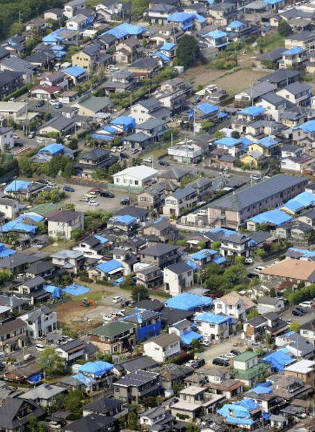 熊本地震屋根